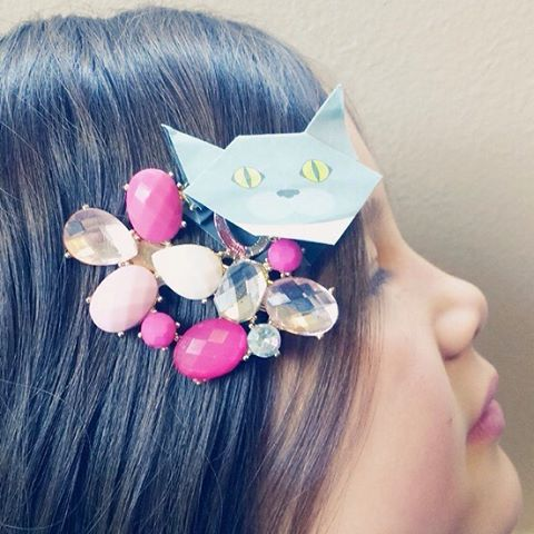 """unique accessory with Catchy Cat Origami.Mini Catchy Cat Origami are great for craft ideas.Enjoy Catchy mini cat origami(Have fun with Catchy mini cat origami!)::Catchy猫おりがみで世界に一つだけの猫アクセサリーのできあがり!Catchy猫おりがみ「ミニ」のいい所は、色んなモノを猫グッズにカスタマイズできる事。あなたのアイデア次第で色んな猫グッズを作ってくださいね。:☞Check out """"Catchy-boutique"""" in our URL☞Follow: @catchyboutique☞tag: #catchy222 to share your photoshare your photo with catchy good:#catsofinstagram #origami #catorigami#catchyboutique #origamicat #shopify"""